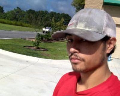 ike, 22 years, Male - Looking in: Williamsburg Williamsburg city VA