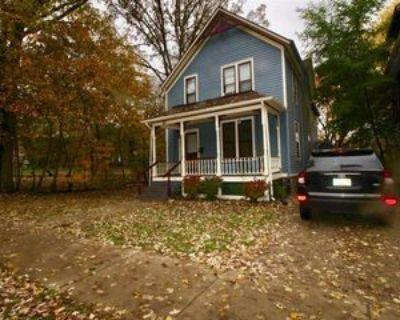 411 N Division St, Ann Arbor, MI 48104 6 Bedroom House