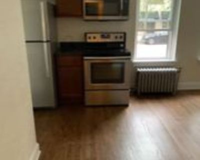 5590 N Diversey Blvd, Milwaukee, WI 53217 2 Bedroom Apartment