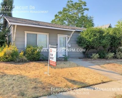 Completely Remodeled Home Located in a Classic Roseville Neighborhood