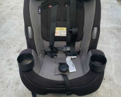 Safety 1st car seat *forward and rear facing