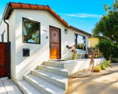 3823 Valleybrink Rd, Los Angeles, CA 90039 3 Bedroom Apartment